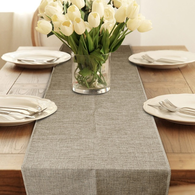 Burlap table runner & The Importance of setting a beautiful table | Compara Ali